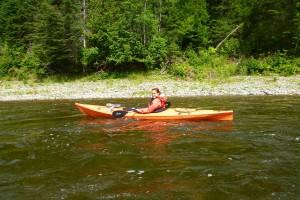 fille-rousse-en-kayak-300x200