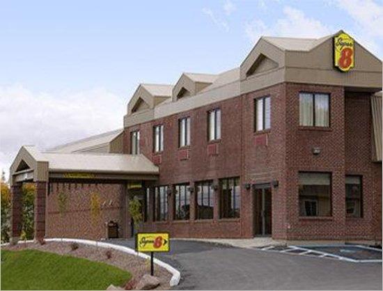 Campbellton Super 8 Hotel